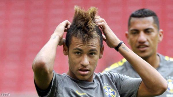 ناديين سعوديين يمنعان اللاعبين من قصات الشعر الغير لائقة