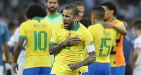 تشكيلة البرازيل الرسمية في نهائي كوبا أمريكا