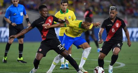 البرازيل تسقط أمام بيرو ودياً