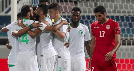 السعودية تبحث عن اللقب الرابع أمام البحرين