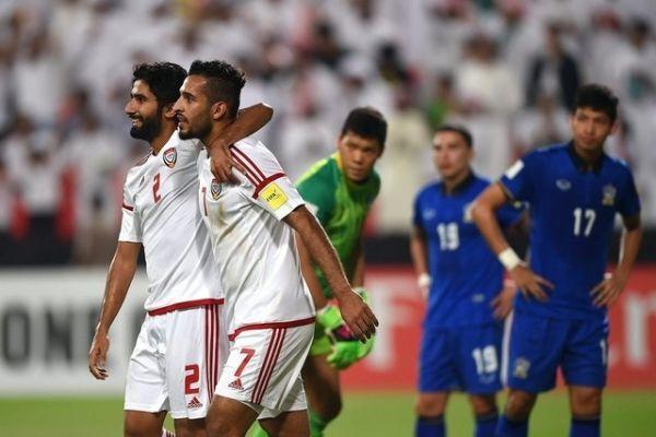 تشكيلة الإمارات الرسمية في مواجهة قطر