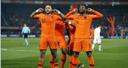 تشكيلة هولندا الرسمية في مواجهة إيرلندا