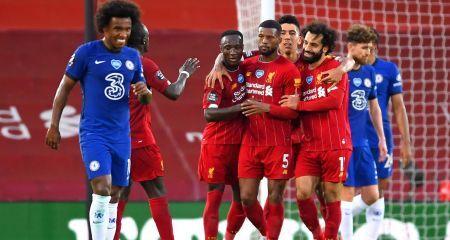 ليفربول يحتفل بلقب البريميرليج بفوز مثير على تشيلسي