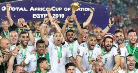 الجزائر تبدي استعدادًا لاستضافة الكان بدلًا من الكاميرون