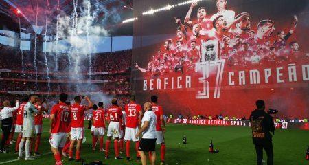 بنفيكا بطلاً للدوري البرتغالي رغم فوز بورتو بالقمة !