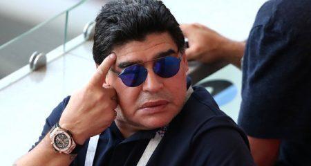 مارادونا يستقيل من تدريب خيمناسيا