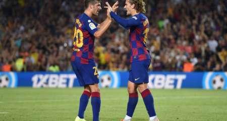 جريزمان يفتتح أهدافه الرسمية مع برشلونة