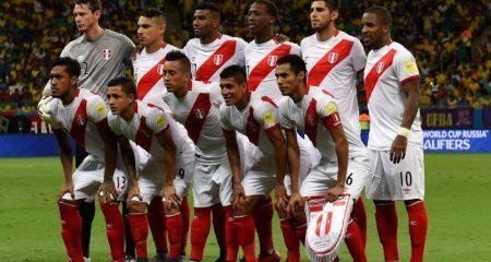 حسناء بيروفية تقدم وعدًا مثيرًا للاعبي المنتخب