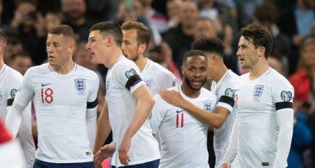 تشكيلة إنجلترا الرسمية في مواجهة سويسرا
